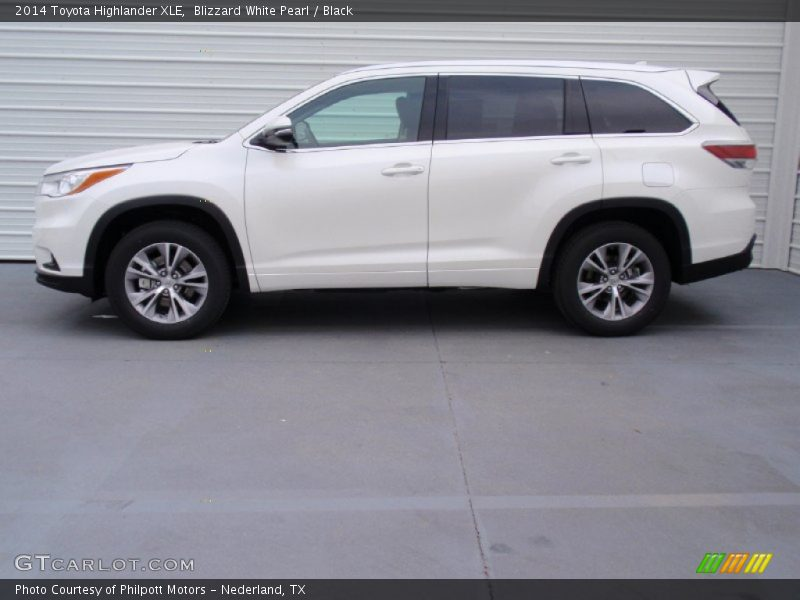 2014 toyota highlander xle in blizzard white pearl photo. Black Bedroom Furniture Sets. Home Design Ideas