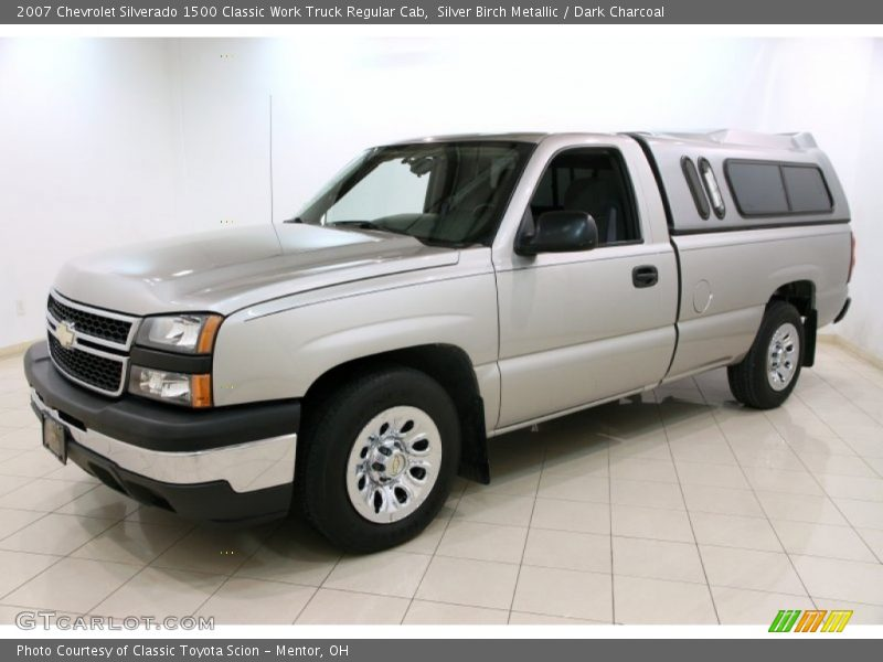 Front 3/4 View of 2007 Silverado 1500 Classic Work Truck Regular Cab