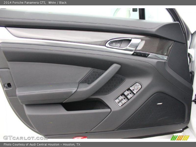 Door Panel of 2014 Panamera GTS