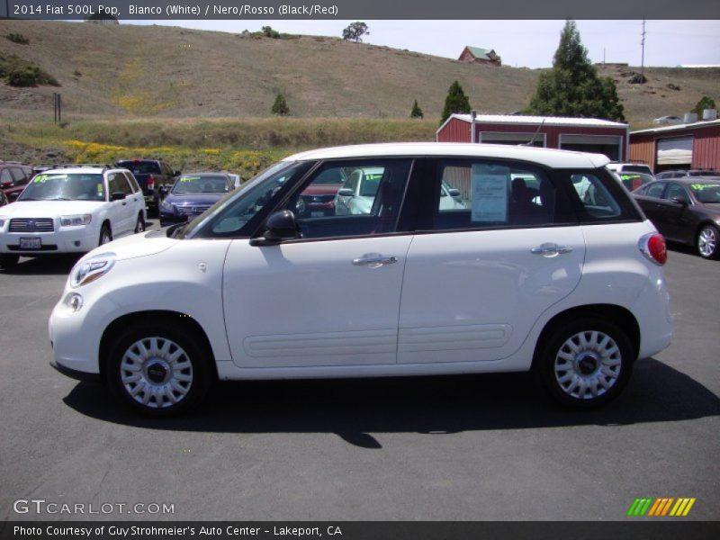 Bianco (White) / Nero/Rosso (Black/Red) 2014 Fiat 500L Pop
