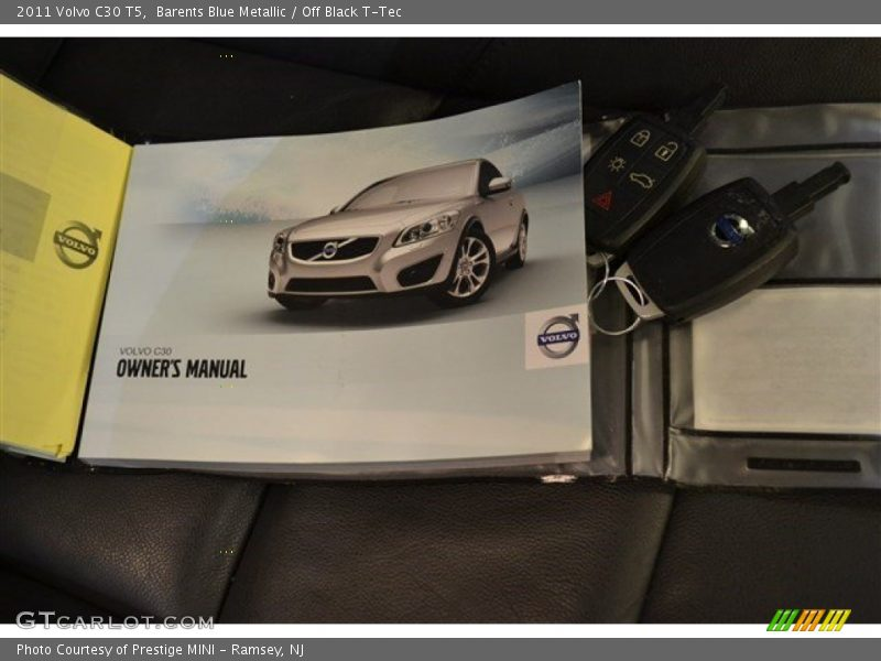 Barents Blue Metallic / Off Black T-Tec 2011 Volvo C30 T5