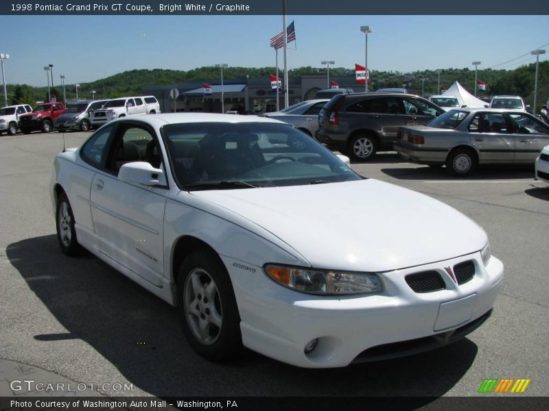 1998 pontiac grand prix gt coupe in bright white photo no 9531438. Black Bedroom Furniture Sets. Home Design Ideas