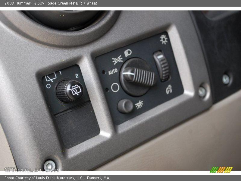 Controls of 2003 H2 SUV