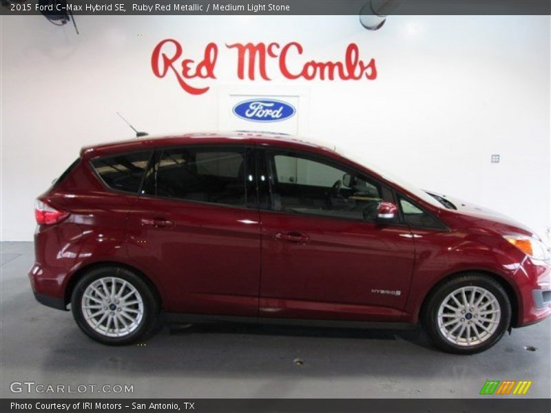 2015 ford c max hybrid se in ruby red metallic photo no 99389495. Black Bedroom Furniture Sets. Home Design Ideas