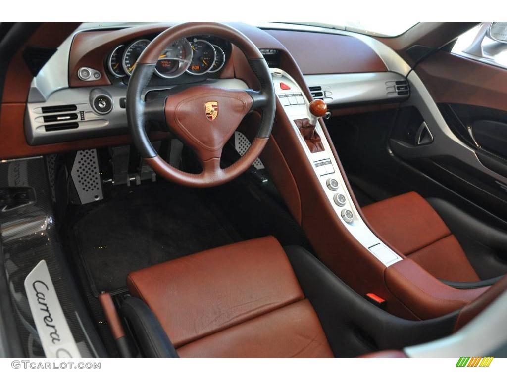 Bugatti Chiron Revealed At Geneva 2016 The World Has A
