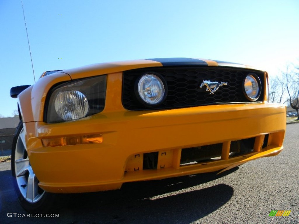 2007 Mustang V6 Premium Coupe - Grabber Orange / Dark Charcoal photo #1