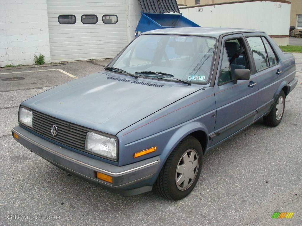 Volkswagen Jetta GL Sedan
