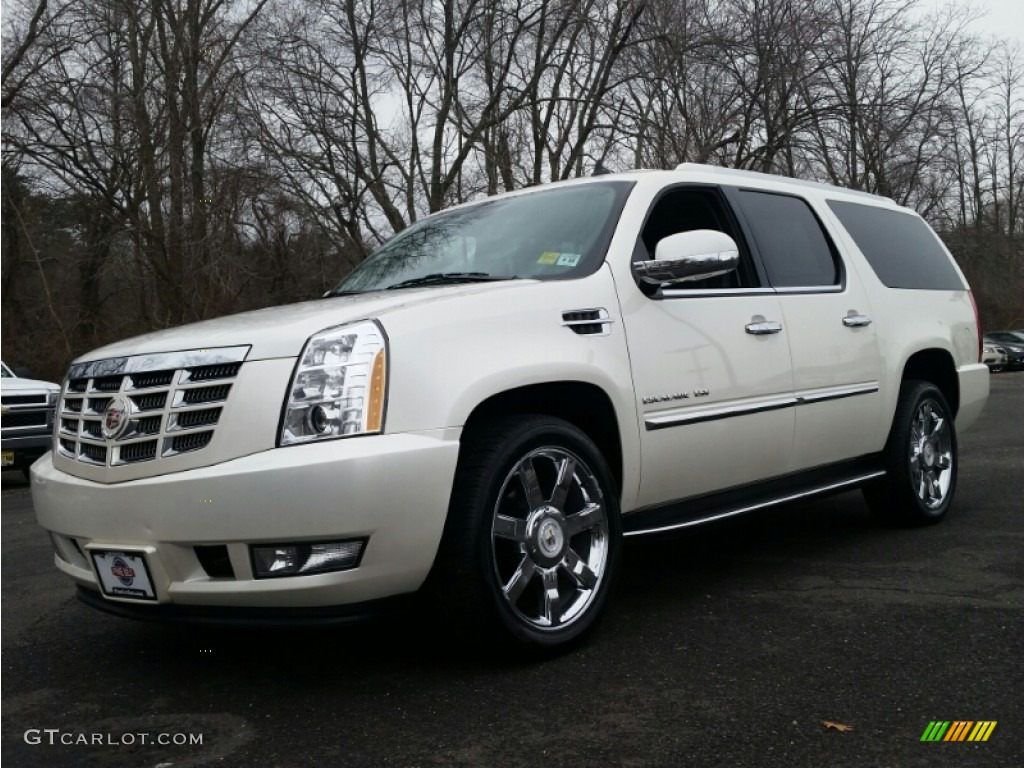 2011 white diamond tricoat cadillac escalade esv luxury. Black Bedroom Furniture Sets. Home Design Ideas