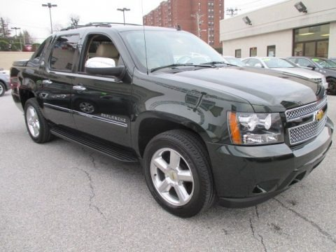 2013 chevrolet avalanche ltz data info and specs. Black Bedroom Furniture Sets. Home Design Ideas