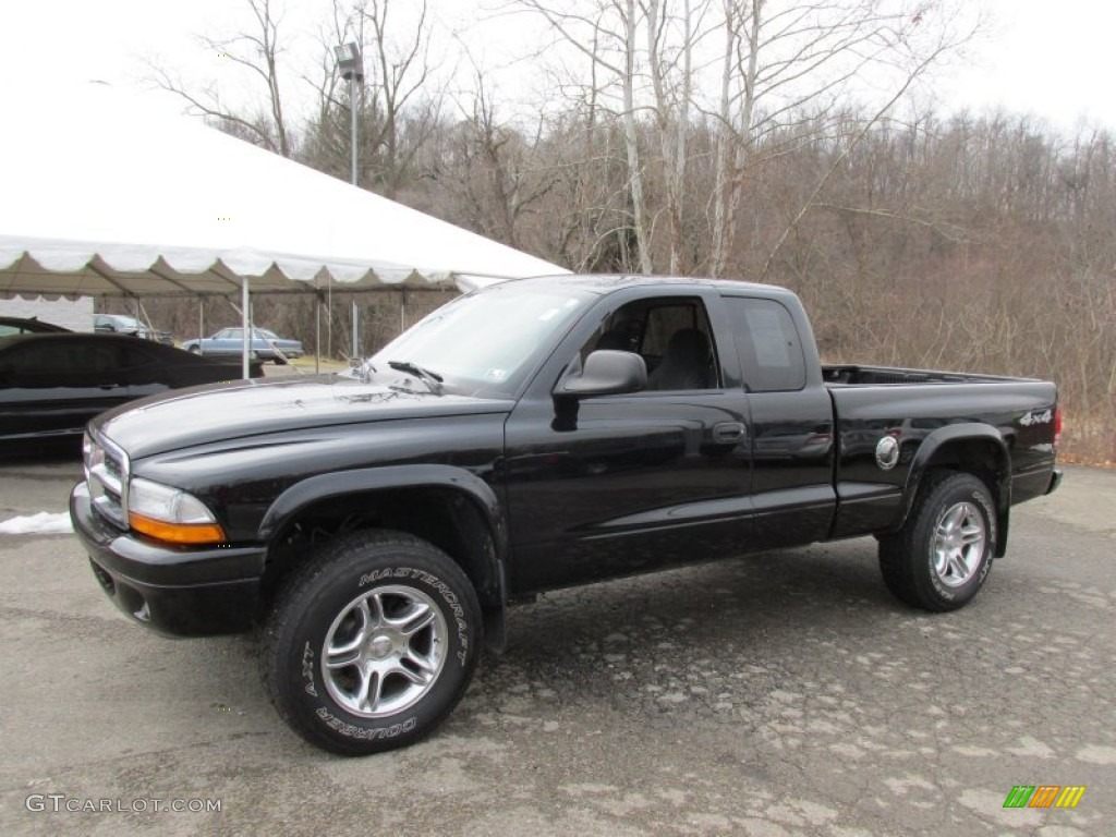 2004 Dakota SLT Club Cab 4x4 - Black / Dark Slate Gray photo #1