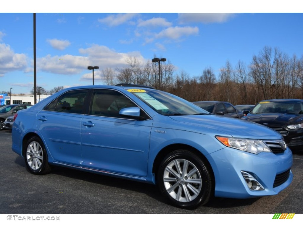 Clearwater Blue Metallic 2012 Toyota Camry Hybrid Xle