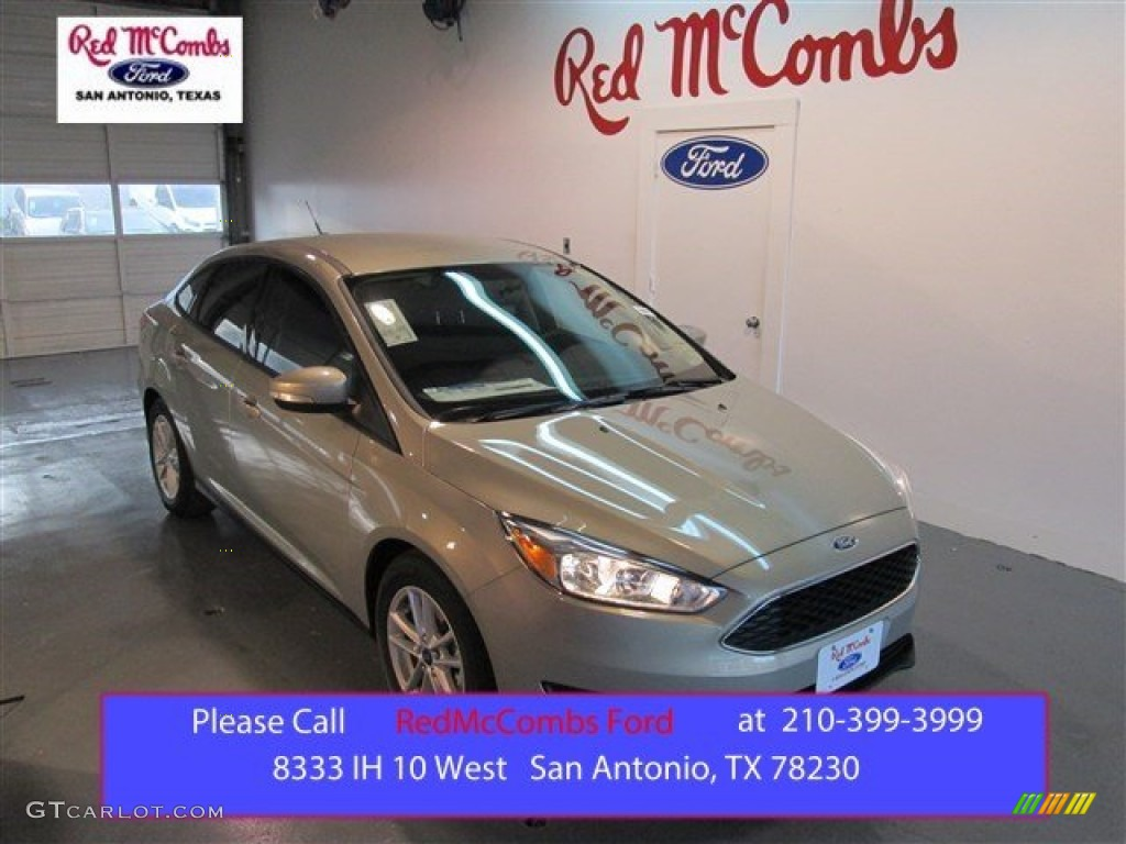 2015 Focus SE Sedan - Tectonic Metallic / Charcoal Black photo #1