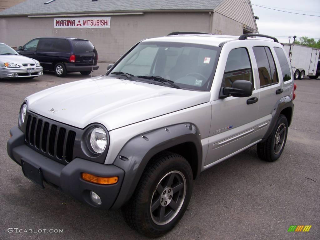 2003 bright silver metallic jeep liberty sport 4x4 #10092900
