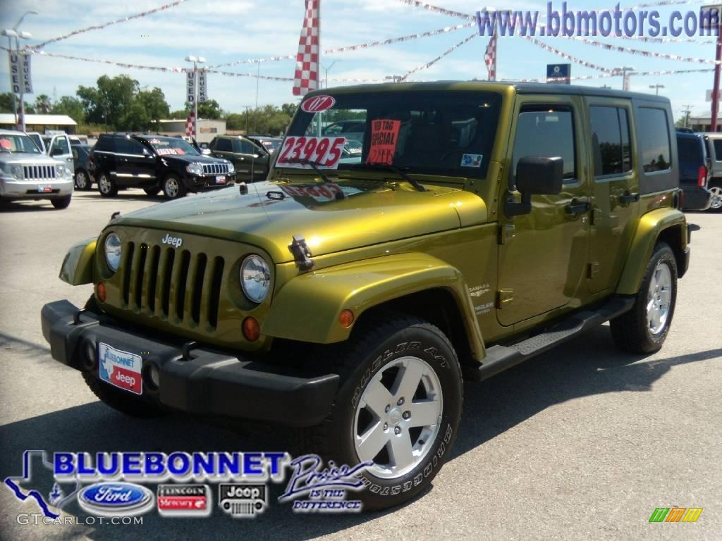 2007 Rescue Green Metallic Jeep Wrangler Unlimited Sahara 10106429