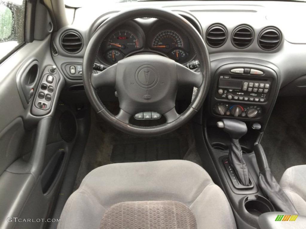 2004 Pontiac Grand Am Gt Sedan Dark Pewter Dashboard Photo 101427316