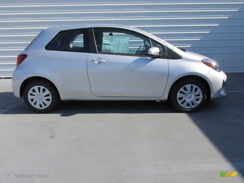 Classic Silver Metallic 2015 Toyota Yaris 3 Door L Exterior Photo 101594852