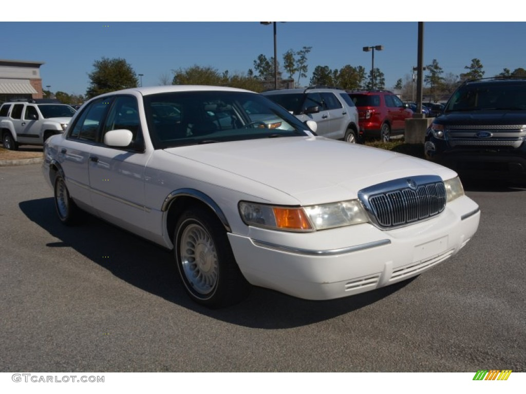 2001 vibrant white clearcoat mercury grand marquis ls 101639600 gtcarlot com car color galleries gtcarlot com