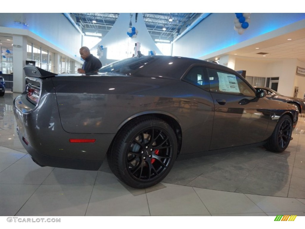 2015 392 srt challenger in granite crystal metallic. Black Bedroom Furniture Sets. Home Design Ideas