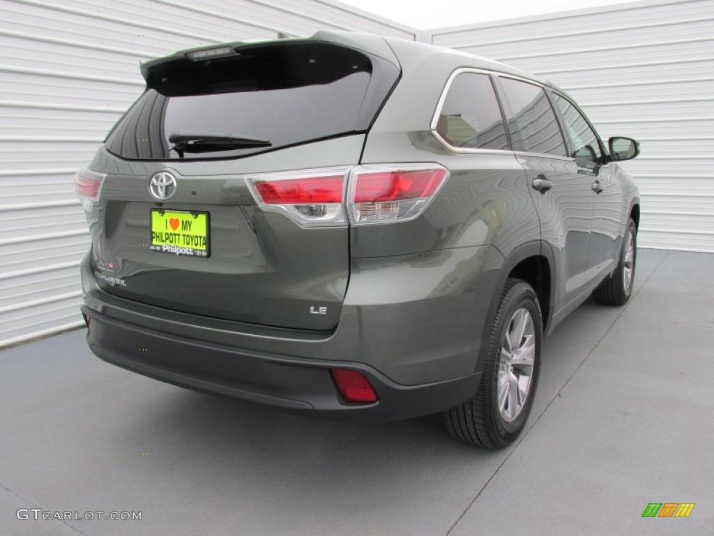 2015 Alumina Jade Metallic Toyota Highlander Le 101722017