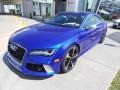 Front 3/4 View of 2015 RS 7 4.0 TFSI quattro