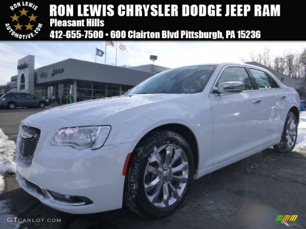 Ivory Tri-Coat Pearl Chrysler 300