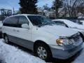 Clear White 2003 Kia Sedona Gallery