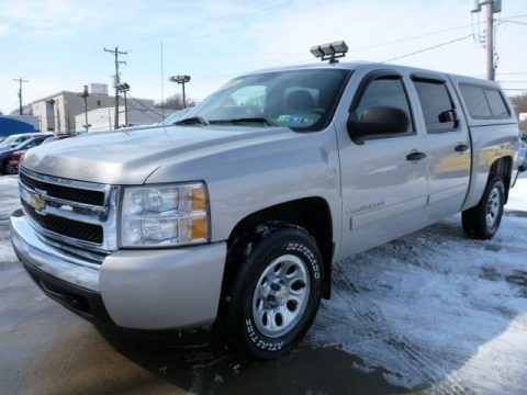 2008 Chevrolet Silverado 1500 LS Crew Cab 4x4 Data, Info and Specs
