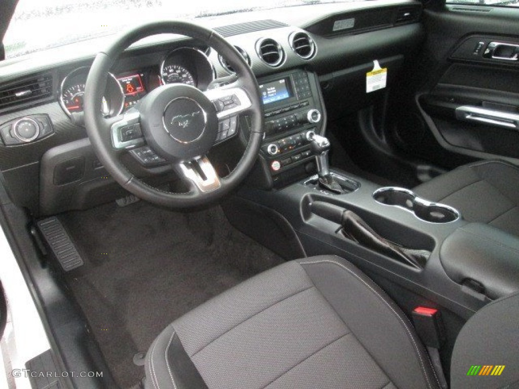2015 Mustang V6 Coupe - Oxford White / Ebony photo #4