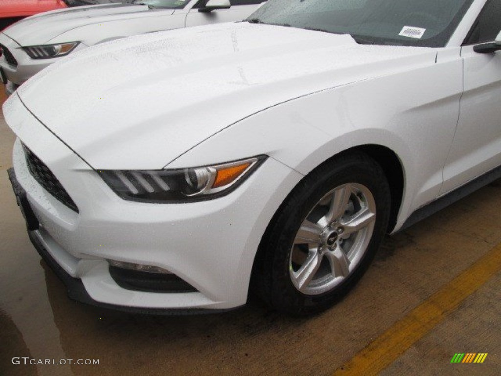 2015 Mustang V6 Coupe - Oxford White / Ebony photo #16