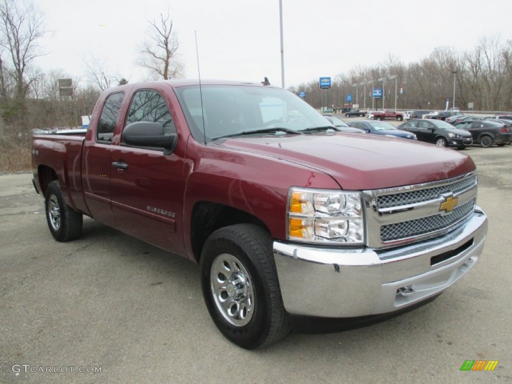 2013 Silverado 1500 LS Extended Cab 4x4 - Deep Ruby Metallic / Ebony photo #11