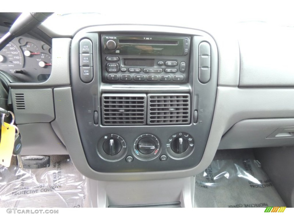 2003 Ford Explorer XLS 4x4 Controls Photo #102203033