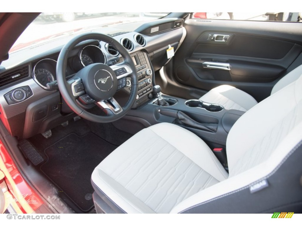 Ceramic Interior 2015 Ford Mustang Gt Coupe Photo 102218243