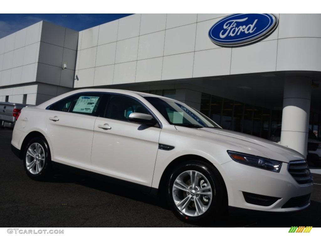 2015 white platinum metallic ford taurus sel 102308261 car color galleries. Black Bedroom Furniture Sets. Home Design Ideas