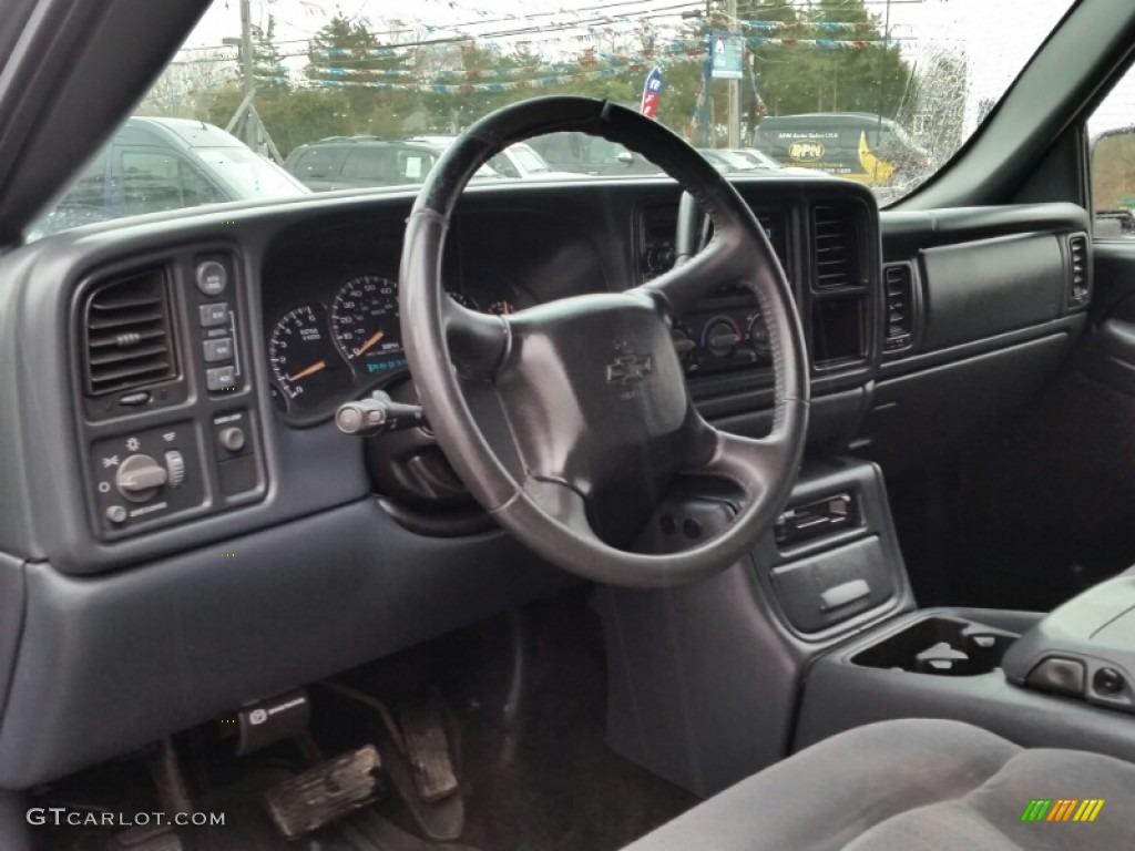 Graphite Gray Interior 2002 Chevrolet Silverado 1500 LS Crew Cab 4x4 Photo #102602777