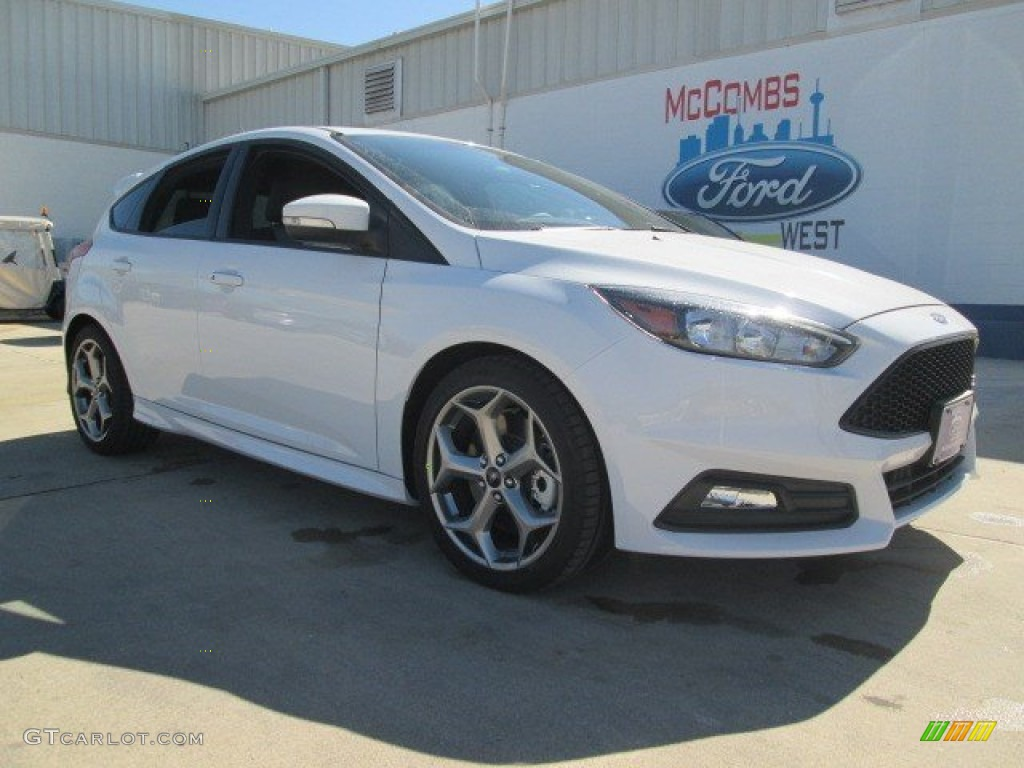 2015 focus st hatchback oxford white st charcoal black photo 1