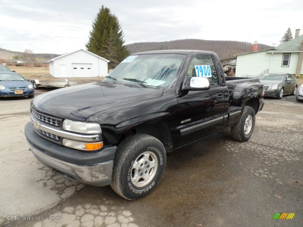 2000 Silverado 1500 LS Regular Cab 4x4 - Onyx Black / Graphite photo #1
