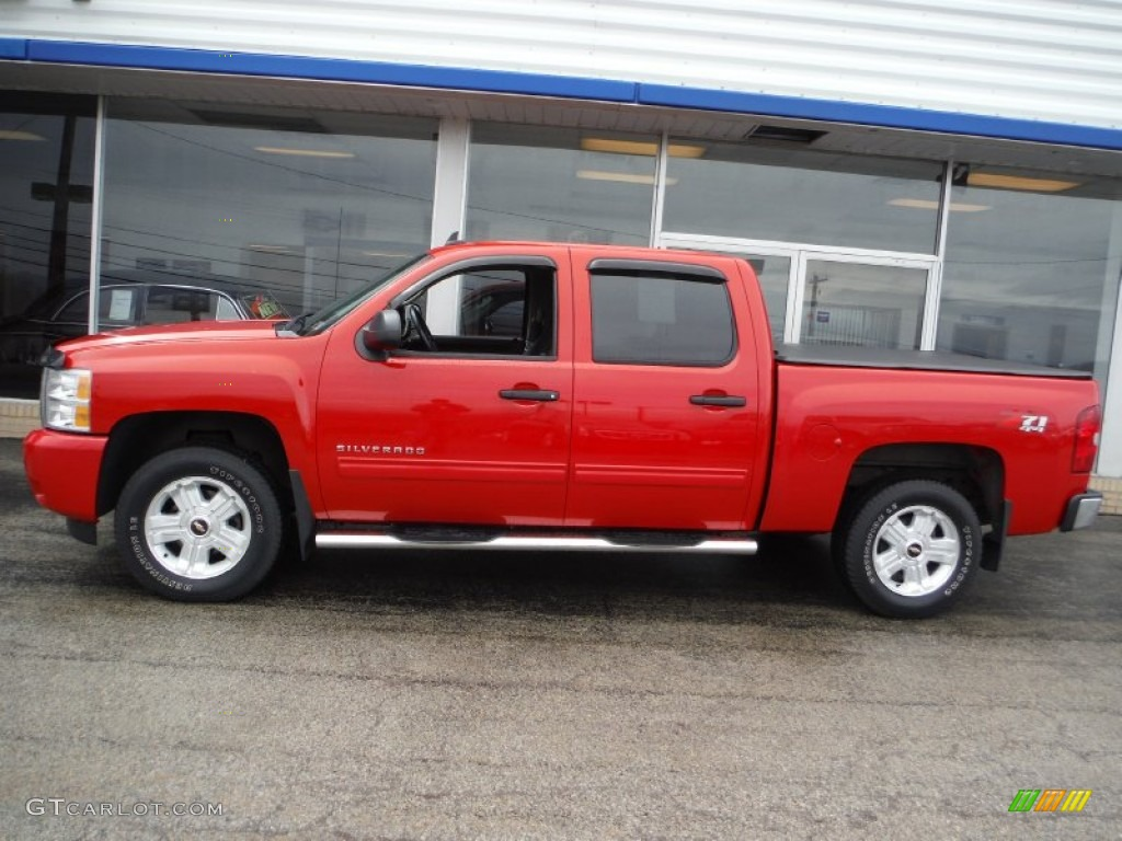 2009 Silverado 1500 LT Z71 Crew Cab 4x4 - Victory Red / Ebony photo #2