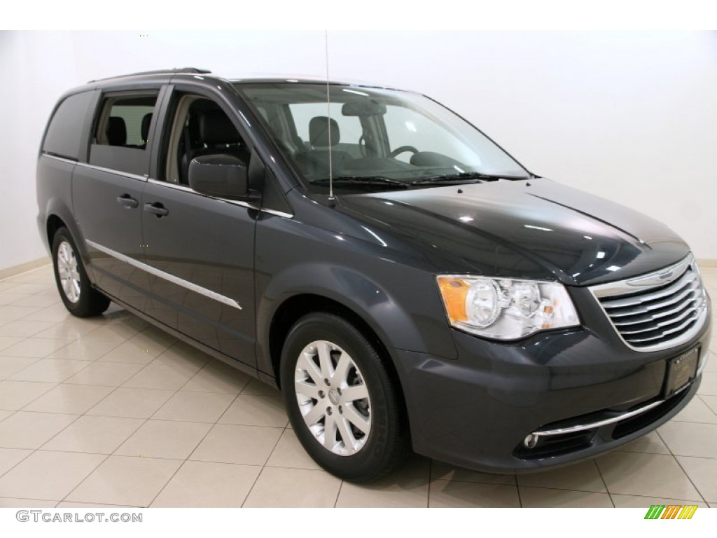 2014 chrysler town and country black images galleries with a bite. Black Bedroom Furniture Sets. Home Design Ideas