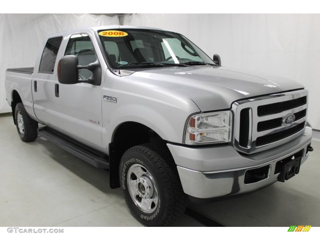 2006 silver metallic ford f250 super duty xlt crew cab 4x4 103323111 car color. Black Bedroom Furniture Sets. Home Design Ideas