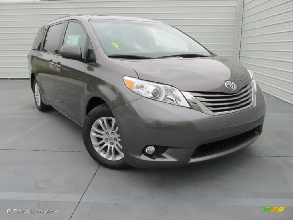 2015 predawn gray mica toyota sienna xle 103398481 car color galleries. Black Bedroom Furniture Sets. Home Design Ideas