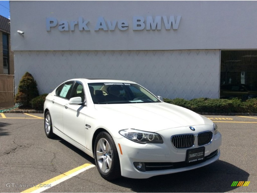 2012 alpine white bmw 5 series 528i xdrive sedan. Black Bedroom Furniture Sets. Home Design Ideas