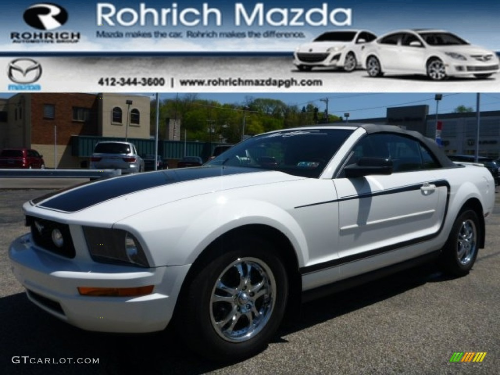 2007 Mustang V6 Deluxe Convertible - Performance White / Dark Charcoal photo #1