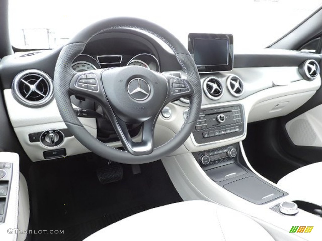 crystal grey interior 2015 mercedes benz cla 250 4matic photo 103851929. Black Bedroom Furniture Sets. Home Design Ideas