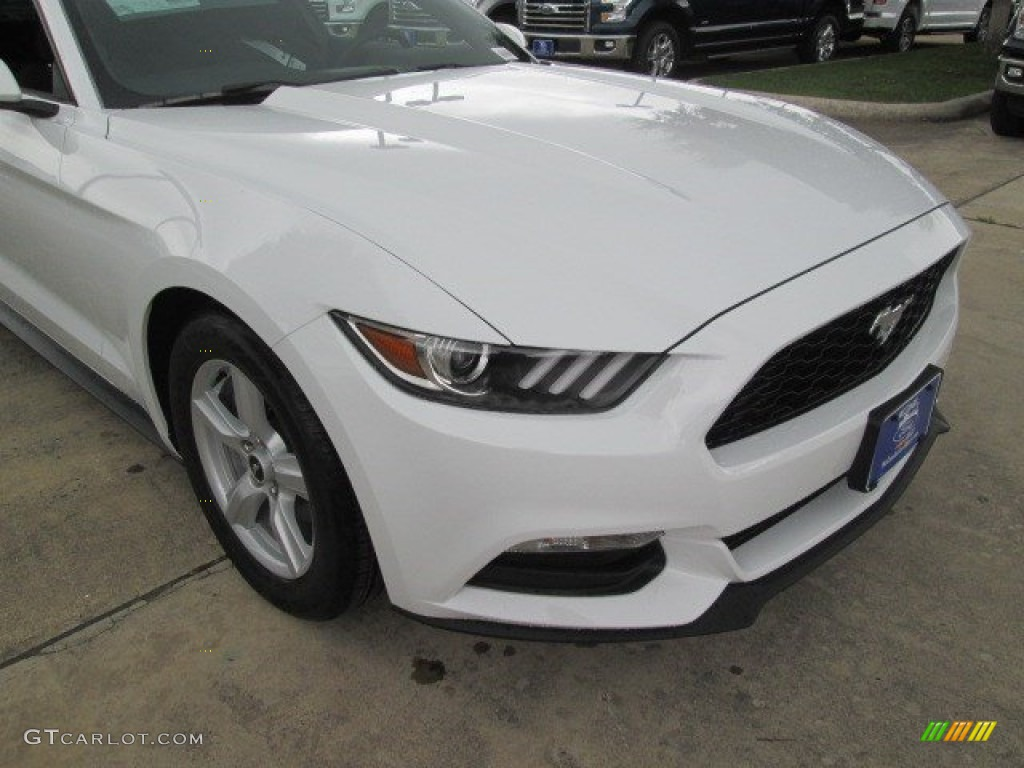 2015 Mustang V6 Coupe - Oxford White / Ebony photo #3
