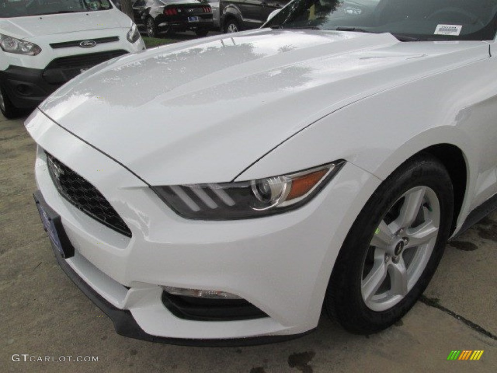 2015 Mustang V6 Coupe - Oxford White / Ebony photo #11