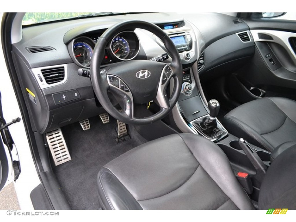 on 2002 Hyundai Elantra Interior