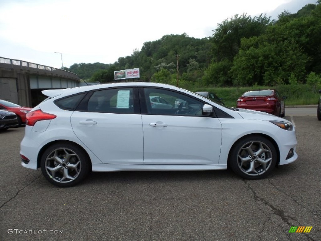 2015 focus st hatchback oxford white st smoke stormcharcoal black recaro sport