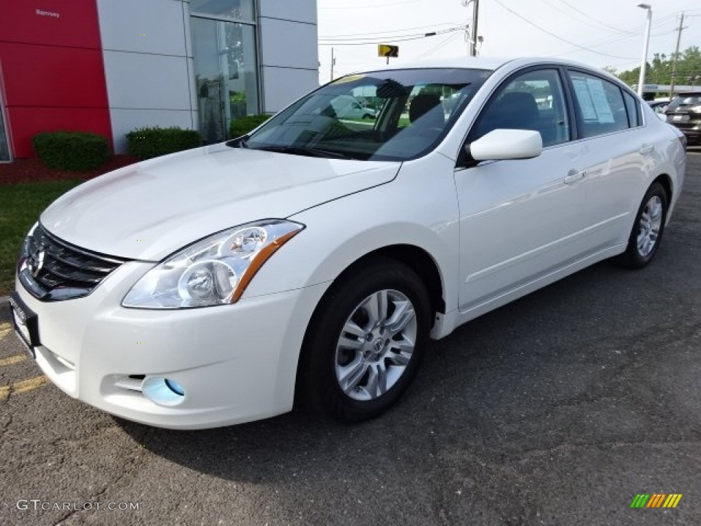 2012 winter frost white nissan altima 2 5 s 104323380. Black Bedroom Furniture Sets. Home Design Ideas