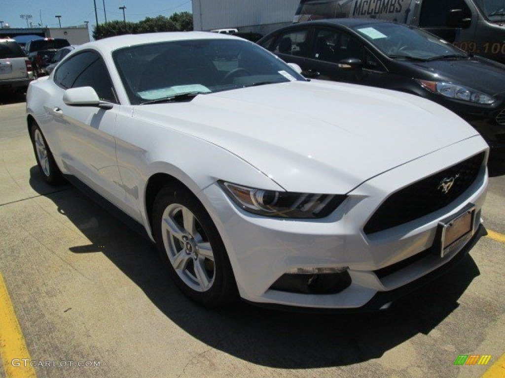 2015 Mustang EcoBoost Coupe - Oxford White / Ebony photo #1