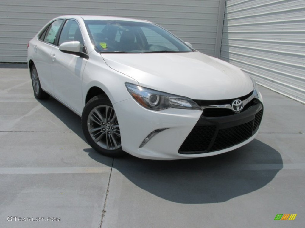 2015 blizzard pearl white toyota camry se 104481166 car color galleries. Black Bedroom Furniture Sets. Home Design Ideas